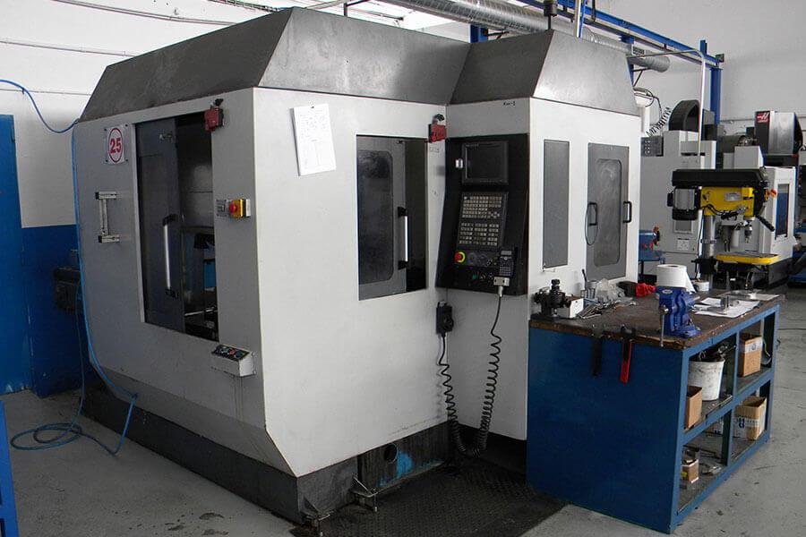 Centro de mecanizado CNC Kondia ZM99 (Paletizada) 600 x 380 x 500.