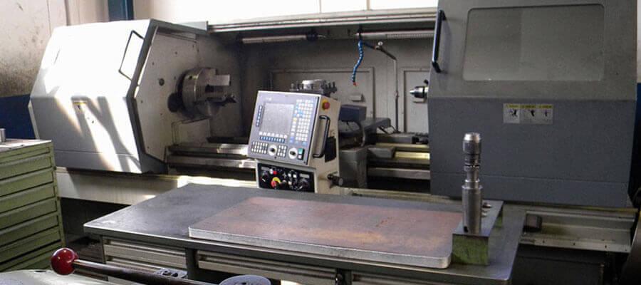 TORNO CNC DALIAN TOOL MACHINE