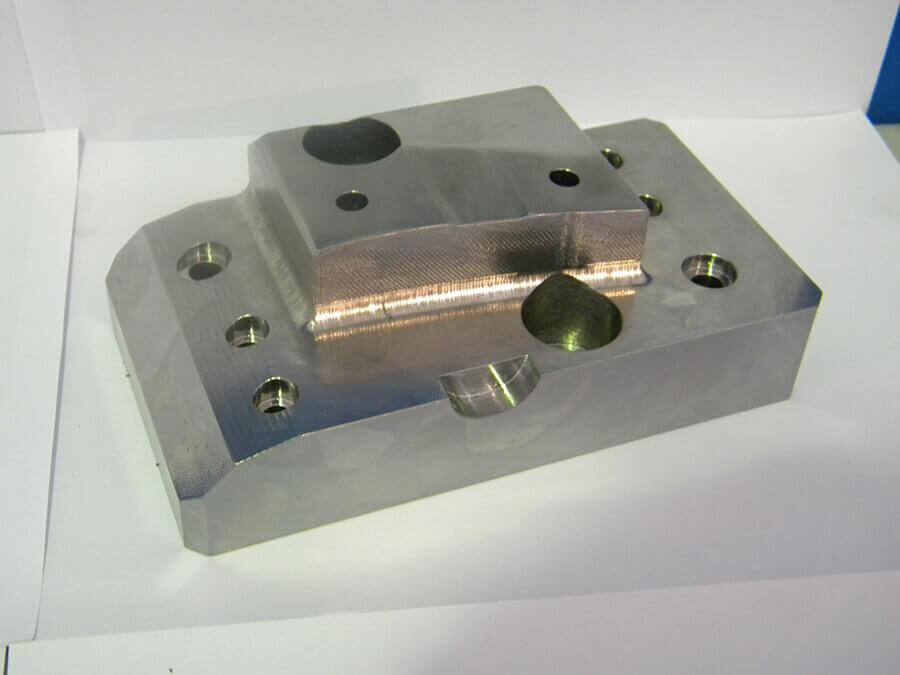 Fabricación taco troquelería para automoción